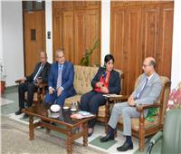 تعاون مشترك بين جامعة أسيوط والشبكة المصرية لأبحاث السرطان