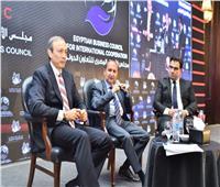 وزير التجارة والصناعة يستعرض رؤية الوزارة لتعزيز التنمية الصناعية وزيادة الصادرات المصرية
