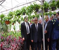 صور| وزير الزراعة يتفقد معرض «زهور الربيع» تمهيدا لافتتاحه.. الخميس