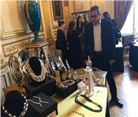 وزير الآثار يزور «بازار الخير» الذي تنظمه سفارتنا في باريس