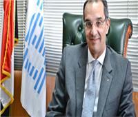 وزير الاتصالات: توصيل الألياف الضوئية لـ 588 مبنى حكومياً ببورسعيد