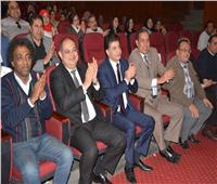 محافظ الغربية يشهد العرض الختامي لمسرحية سلطان الحرافيش