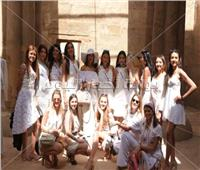 صور| زيارة ملكات «Miss Eco» لمعبد الأقصر