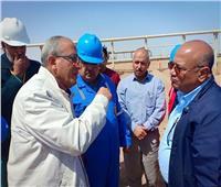 صور| رئيس جابكو يتفقد محطة أكتوبر ومصنع غازات عبر الخليج