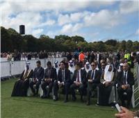 سفيرنا بنيوزيلندا يشارك في مراسم دفن الشهداء المصريين بحادث المسجديّن