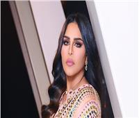 شاهد| بكاء أحلام في أولى حفلاتها الغنائية بالسعودية