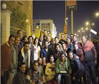 بحضور هاني سلامة.. أسرة «قمر هادي» تفاجئ المخرج بالاحتفال بعيد ميلاده