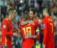 """""""راموس"""" يقود إسبانيا لفوز صعب على النرويج"""