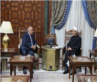 الإمام الأكبر: الأزهر يفتح أبوابه لكل العراقيين بمختلف مكوناتهم