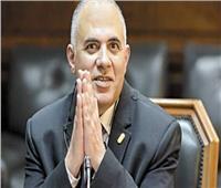 وزير الرى يجتمع بالمكتب الاستشاري لمتابعة إنشاء قناطر ديروط الجديدة