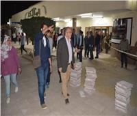 صور| بأوامر الوزير.. مسئول كبير بالمترو في جولة مفاجئة بمحطة المعادي