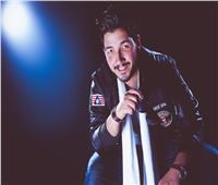 """مروان الدكاني يبدأ حياته الفنية بأغنية """"يا أول حضني طمني"""""""