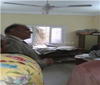 «سكرتير الإسكندرية» يحيل ٧٣ موظفا للتحقيق في جولة مفاجئة بحي وسط
