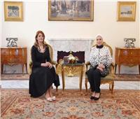 صور| قرينة رئيس الجمهورية تبدى سعادتها بلقاء السيدة الأولى لدولة بلغاريا