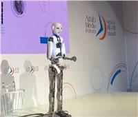«الإعلامي الروبوت».. أحدث ثورات الذكاء الاصطناعي في مجال الإعلام