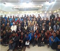 صور| لقاء مفتوح بين رئيس جامعة الأزهر والطلاب بالإسماعيلية