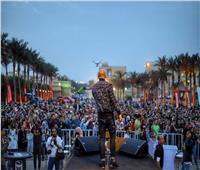 محمود العسيلي يحيي حفلا ناجحا وسط طلاب إحدى الجامعات الخاصة