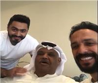 «صدفة» تجمع تامر حسني وأحمد عصام ونبيل شعيل في مطار الملك فهد