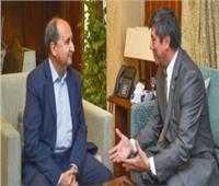 وزير التجارة يبحث مع سفير أوزبكستان تعزيز العلاقات الاقتصادية