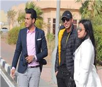 صور| مصطفى شعبان يصل مدينة السلام لتكريمه في افتتاح «شرم الشيخ للمسرح»