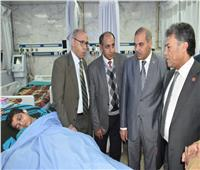 صور| رئيس جامعة الأزهر يتفقد مستشفى باب الشعرية