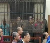 وصول نجل المرسي أبو العباس لمحاكمته في قتل زوجته وطفلتيه