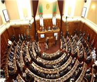 انتخاب رئيس مؤقت للجزائر الثلاثاء.. بتصويتٍ في البرلمان