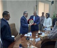 وزير التموين: إنشاء صومعة جديدة لتخزين الأقماح بالفرافرة