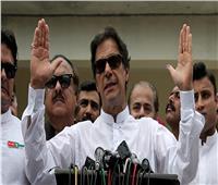 رئيس وزراء باكستان يشبه نظيره الهندي بنتنياهو