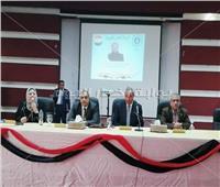 لقاء عمالي بشركة النصر للبترول في السويس لشرح التعديلات الدستورية