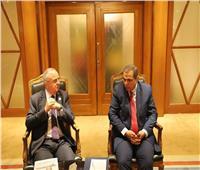 وزير القوى العاملة ونظيره الأردني يبحثان توفيق أوضاع العمالة المصرية