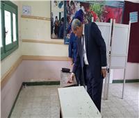 الهلالي الشربينى أول المصوتين في الاستفتاء على الدستور بالمنصورة