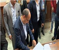 بالصور..وزير التجارة والصناعة يدلي بصوته في التعديلات الدستورية
