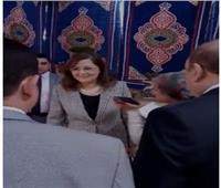 وزيرة التخطيطتدلى بصوتها فى مدرسة الشهيد مصطفي يسري بمصر الجديدة
