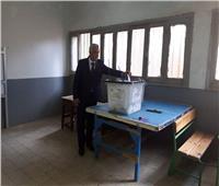رئيس جامعة المنوفية يدلي بصوته في الاستفتاء بالتعديلات الدستورية
