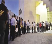 مد التصويت داخل السفارة المصرية في الكويت لامتلاء الحرم الانتخابي بالناخبين