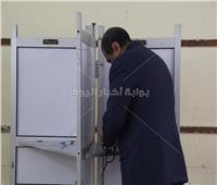 وزير القوى العاملة يدلي بصوته في الاستفتاءعلى الدستور