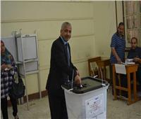 نائب رئيس جامعة الأزهر يدلي بصوته في الاستفتاء: لمستقبل أفضل