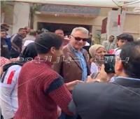 التعديلات الدستورية 2019| محمود حميدة يدلي بصوته في الاستفتاء بمدينة نصر