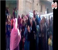 فيديو| على أنغام «تسلم الأيادي».. سيدات أوسيم تحتفلن بالمشاركة في الاستفتاء