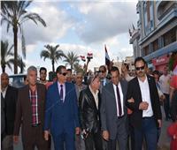 صور  مسيرة حاشدة لأهالي البحيرةيتقدمها المحافظ تأييدا للاستفتاء