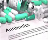 أستاذ طب الأطفال يوجه نصائح هامة لاستخدام المضادات الحيوية بأمان وفاعلية