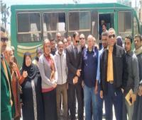 العاملون بالتأمين الصحي يشاركون في الاستفتاء بكفر الشيخ