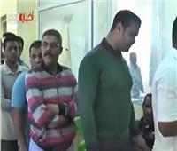 فيديو| توافد المواطنين على لجان الاستفتاءفي اليوم الأخير بالغردقة