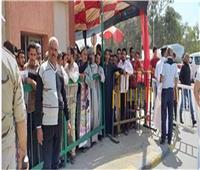 احتشاد المواطنين أمام لجان الاستفتاء بحلوان ومايو في آخر أيام الاستفتاء