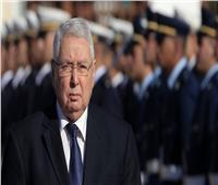 الرئيس الجزائري المؤقت يجري تعديلا جزئيا في ولاة الولايات