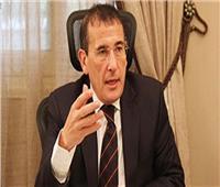 محافظ البحر الأحمر يناقش زيادة الحركة السياحية مع الشركات
