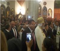 عيد القيامة  أجراس الكاتدرائية تعلن بدء القداس.. والبابا تواضروس يتقدم زفة الشمامسة