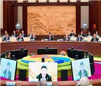 السيسي في الصين  قمة المائدة المستديرة