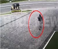 شاهد| لحظة دخول انتحاري لتفجير إحدى فنادق «سريلانكا»